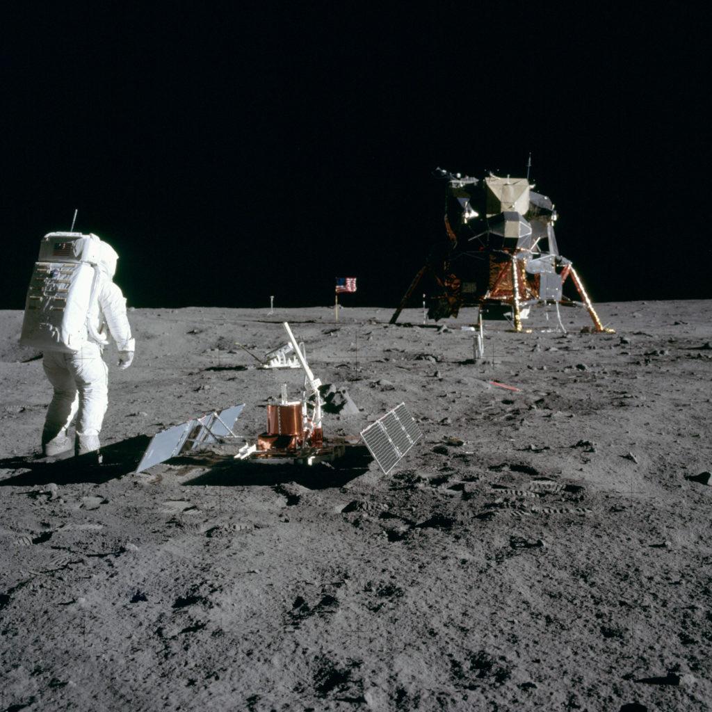 EVA sur la Lune