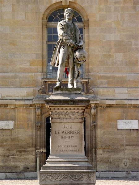 Statue d'Urbain le Verrier © Observatoire de Paris